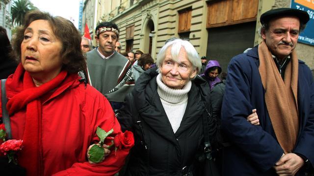 Weduwe DDR-chef Erich Honecker overleden
