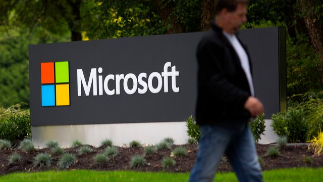 Winst Microsoft daalt 10 procent ondanks groei cloud en Office