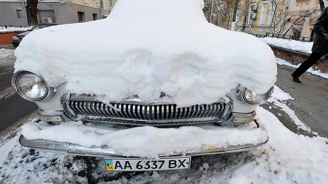 Noodtoestand uitgeroepen in Sarajevo om sneeuw