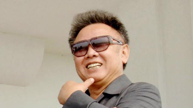 Kim Jong-Il laat Noord-Koreanen ladingen vis na
