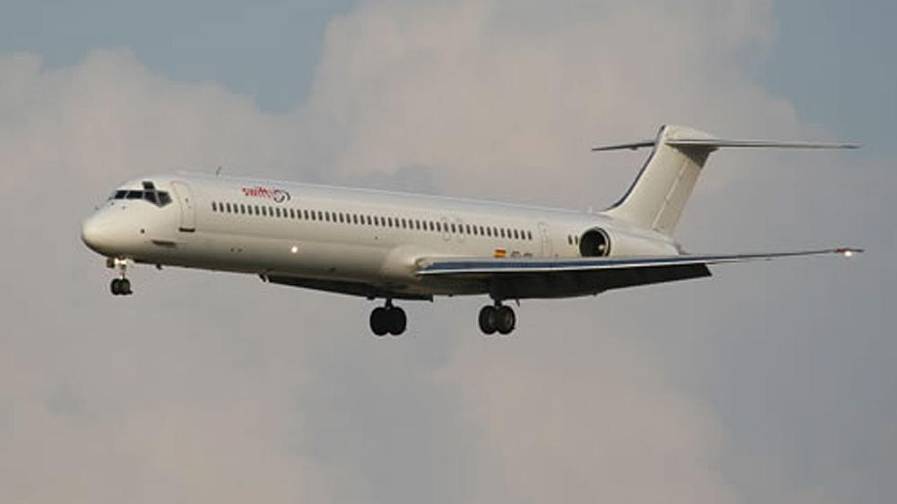 Vliegtuig met 119 inzittenden neergestort in mali nu het laatste nieuws het eerst op - Vliegtuig badkamer m ...