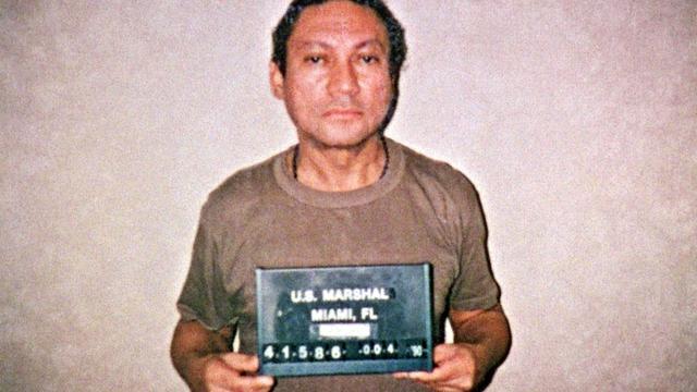 Noriega na bijna 22 jaar weer thuis in Panama