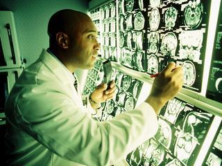 Neuropathologen pleiten voor betere kwaliteit hersenonderzoek