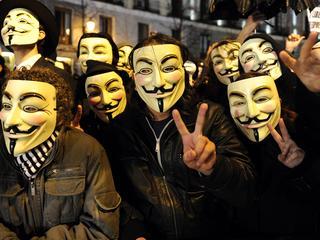 De 'hacktivisten' zeggen de identiteit van duizend KKK-leden te zullen onthullen
