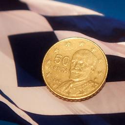 Griekse economie krimpt nog maar een fractie