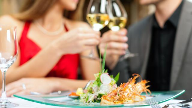 Steeds meer vrijgezellen actief op datingsites