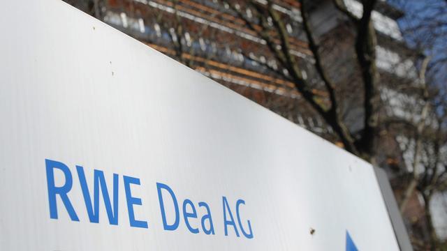 Activisten verstoren aandeelhoudersvergadering RWE