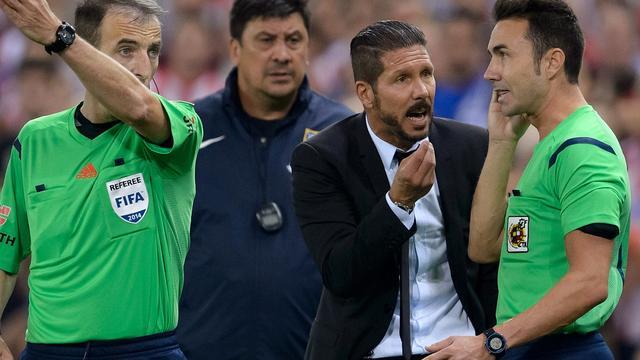 Atletico-trainer Simeone voor acht wedstrijden geschorst