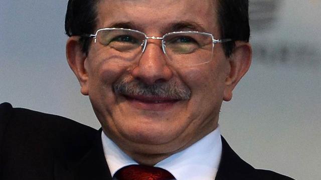 Turkse AK-partij kiest Davutoglu als opvolger Erdogan