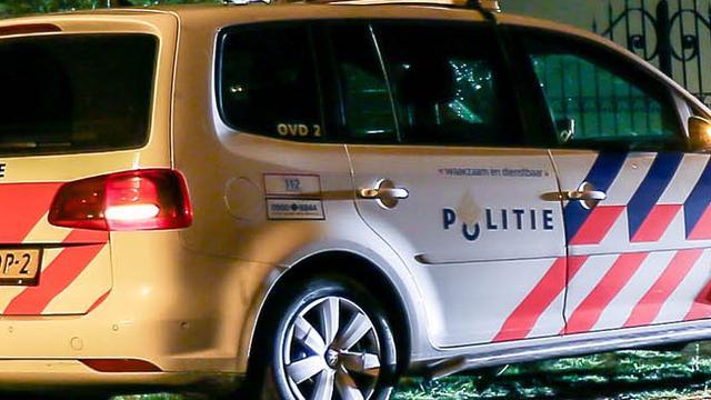 Verdachten plofkraak rammen politieauto