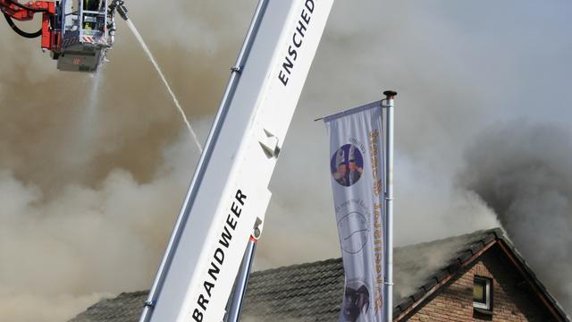 Straat ontruimd bij grote brand Overdinkel