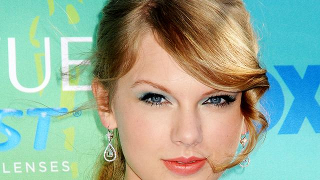 Taylor Swift zingt weer over relatieperikelen