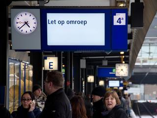 Reistijdverschil tussen trein en auto komt op website te staan