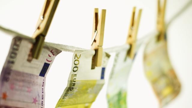 VVD-politica Kathalijne de Kruif alleen nog vast voor witwassen