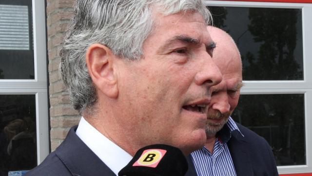 Burgemeester Waalre stopt ermee