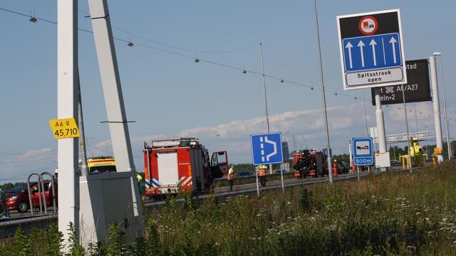 Aanrijding op A6 bij Almere
