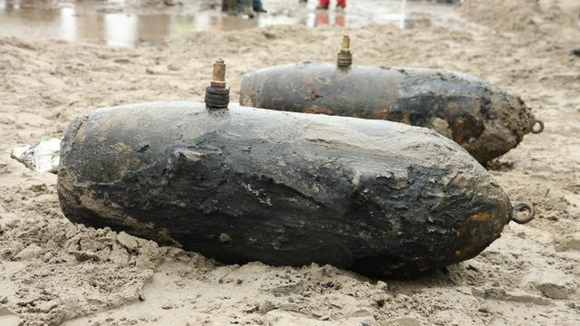 EOD ruimt vijf bommen uit Tweede Wereldoorlog bij Zwolle
