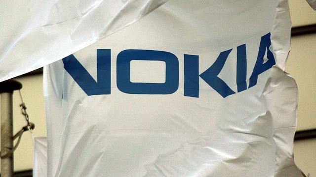 Blackberry schikt patentruzie met Nokia