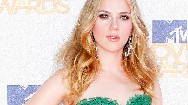 'Scarlett Johansson weer aan de man'