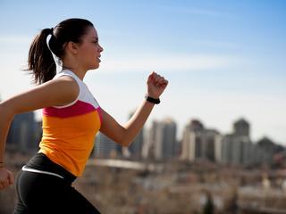 Ook op latere leeftijd actiever gaan bewegen heeft een positief effect op de gemoedstoestand