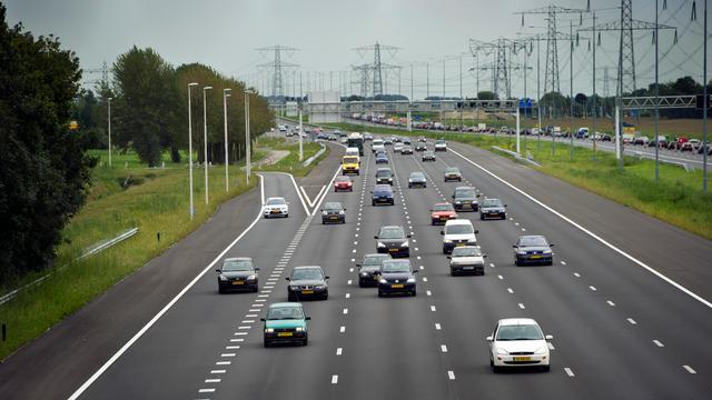 A2 afgesloten bij Maastricht na ongeval