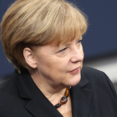 Merkel verdedigt Koerdische wapenleveranties