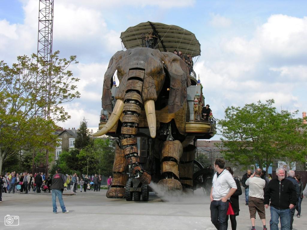 Grote olifant van de levende machines foto 452743 de laatste nieuwsfoto 39 s zie je - Fotos van levende ...