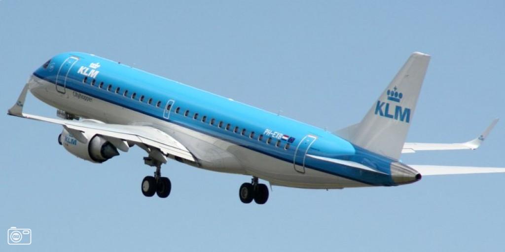 Klm vliegtuig stijgt op bij schiphol foto 474235 de laatste nieuwsfoto 39 s zie je - Vliegtuig badkamer m ...