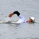 Langeafstandszwemmer zwemt hele Rijn af