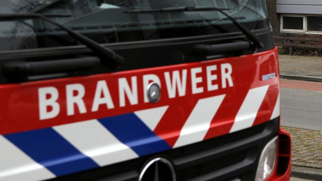 Evacuaties na asbestbrand in Fries dorp