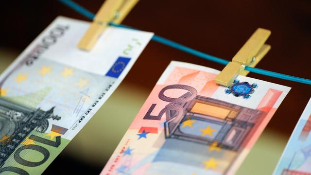 Polen tekent pact niet zonder rol eurozone