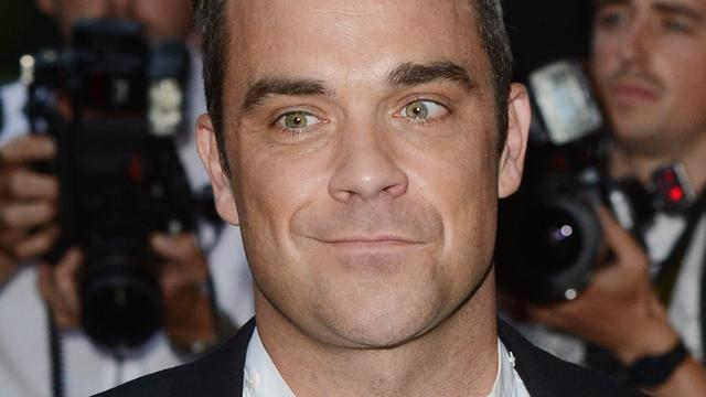 Robbie Williams in eerste liveshow The Voice