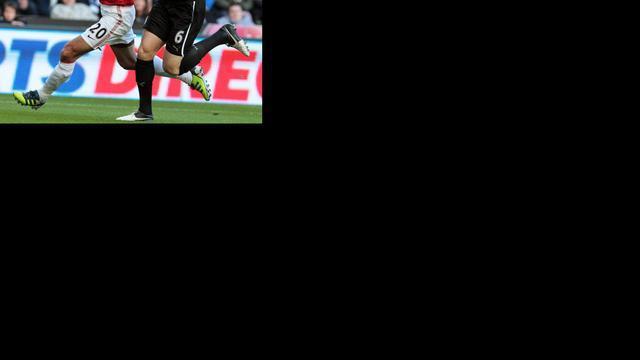 FA spant geen zaak aan tegen Van Persie