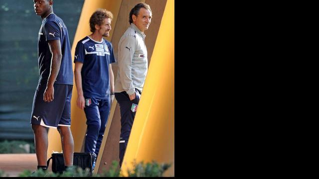 Zieke Balotelli ontbreekt bij Italiaanse ploeg