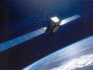 Satelliet gaat in baan rond planeet