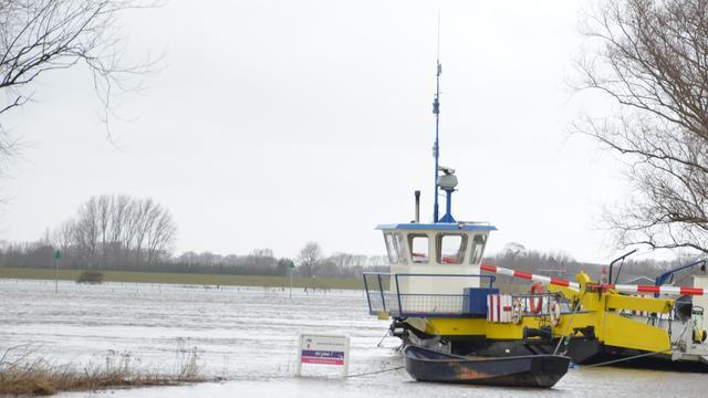IJssel gestremd na botsing schepen