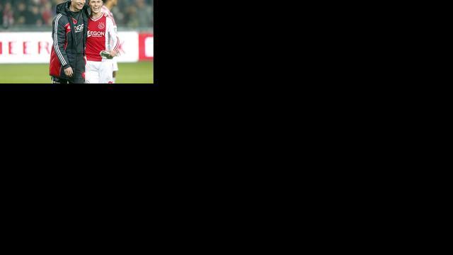 Ajax verdedigt ongeslagen thuisstatus tegen Duitse clubs