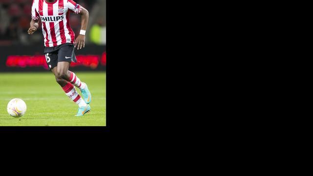 Willems verlengt contract bij PSV