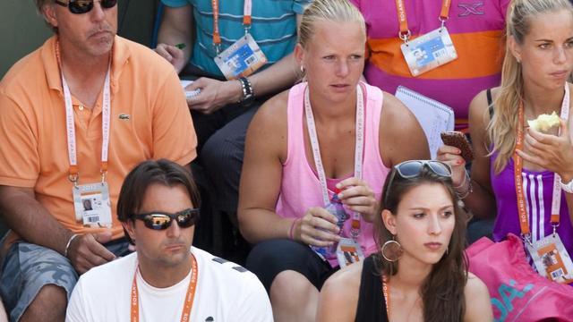 Commercieel tennisteam in gesprek met twee sponsors