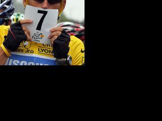 Alle oud-renners zijn volgens de organisatie welkom om de slotdag van de honderdste Tour bij te wonen, behalve Armstrong.