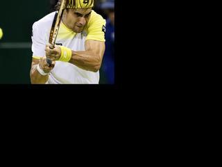 De als eerste geplaatste Spanjaard blijft op het ATP-toernooi met zijn schoen in de baan hangen en ziet zijn partij een uur stilgelegd worden.