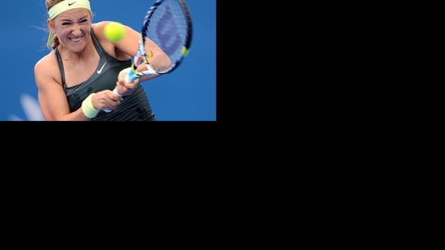 Azarenka en Serena Williams naar laatste vier Brisbane