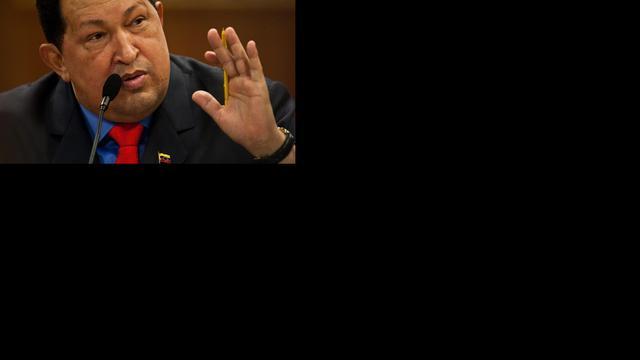 'Chávez lacht weer en geeft instructies'