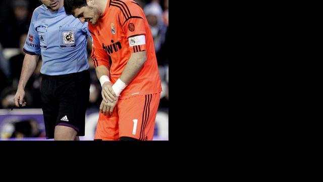 Gebroken middenhandsbeentje voor Casillas