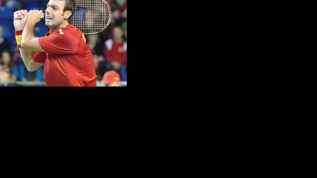 Canada zet Spanje op ruime achterstand in Davis Cup