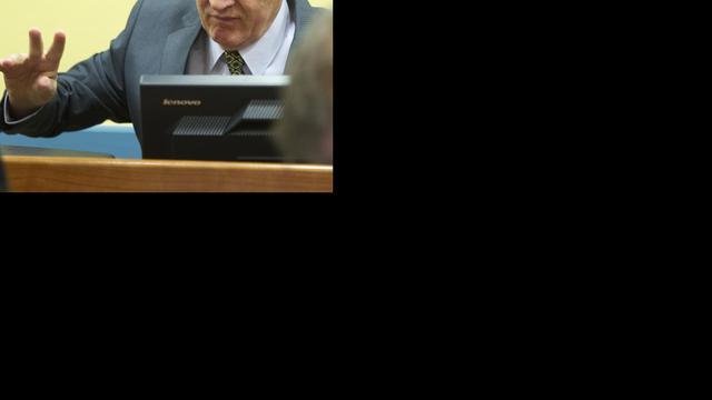 Tierende Mladic verwijderd uit rechtszaal