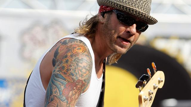 Bassist 3 Doors Down moet gevangenis in om veroorzaken fataal ongeluk