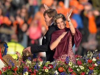 Koningspaar onverwacht van boord bij optreden Armin van Buuren en Concertgebouworkest