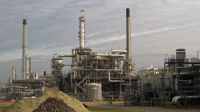 'Productie industrie daalt in 2013 opnieuw'