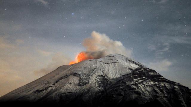 Mexicaanse vulkaan Popocatépetl uitgebarsten
